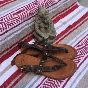 Lucky Brand Brown Thong sandals Sz 8